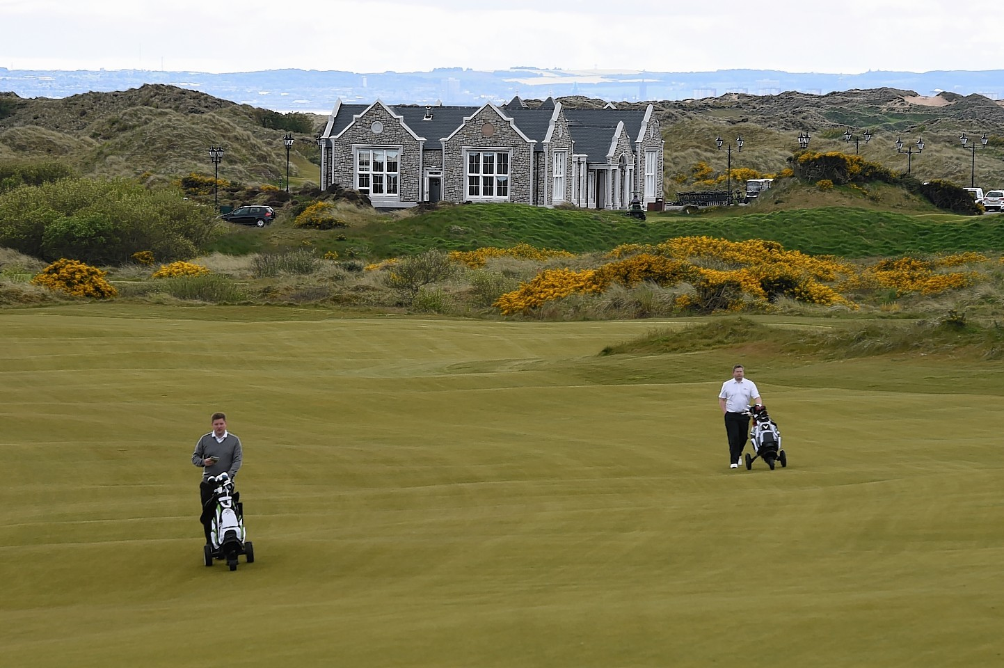 Aberdeenshire Council will not apologise over its handling of the original Trump International Golf Links planning application.