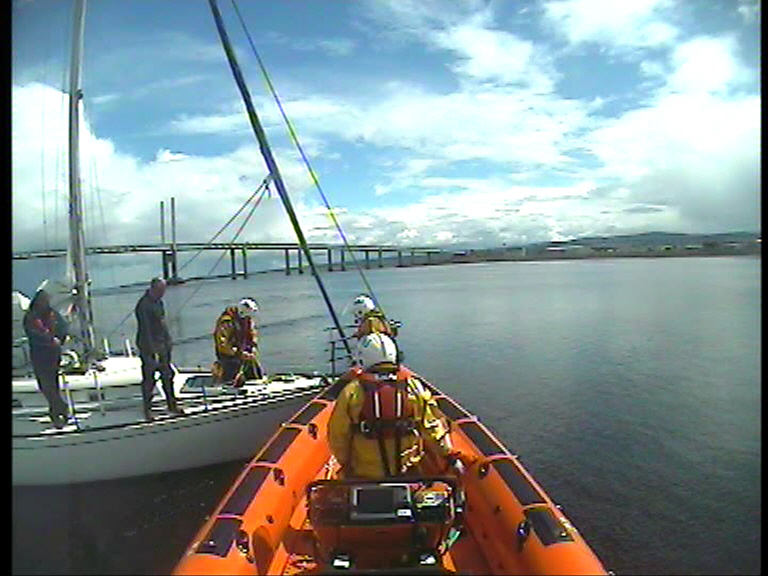 RNLI Kessock assist a yacht aground Credit: RNLI Kessock