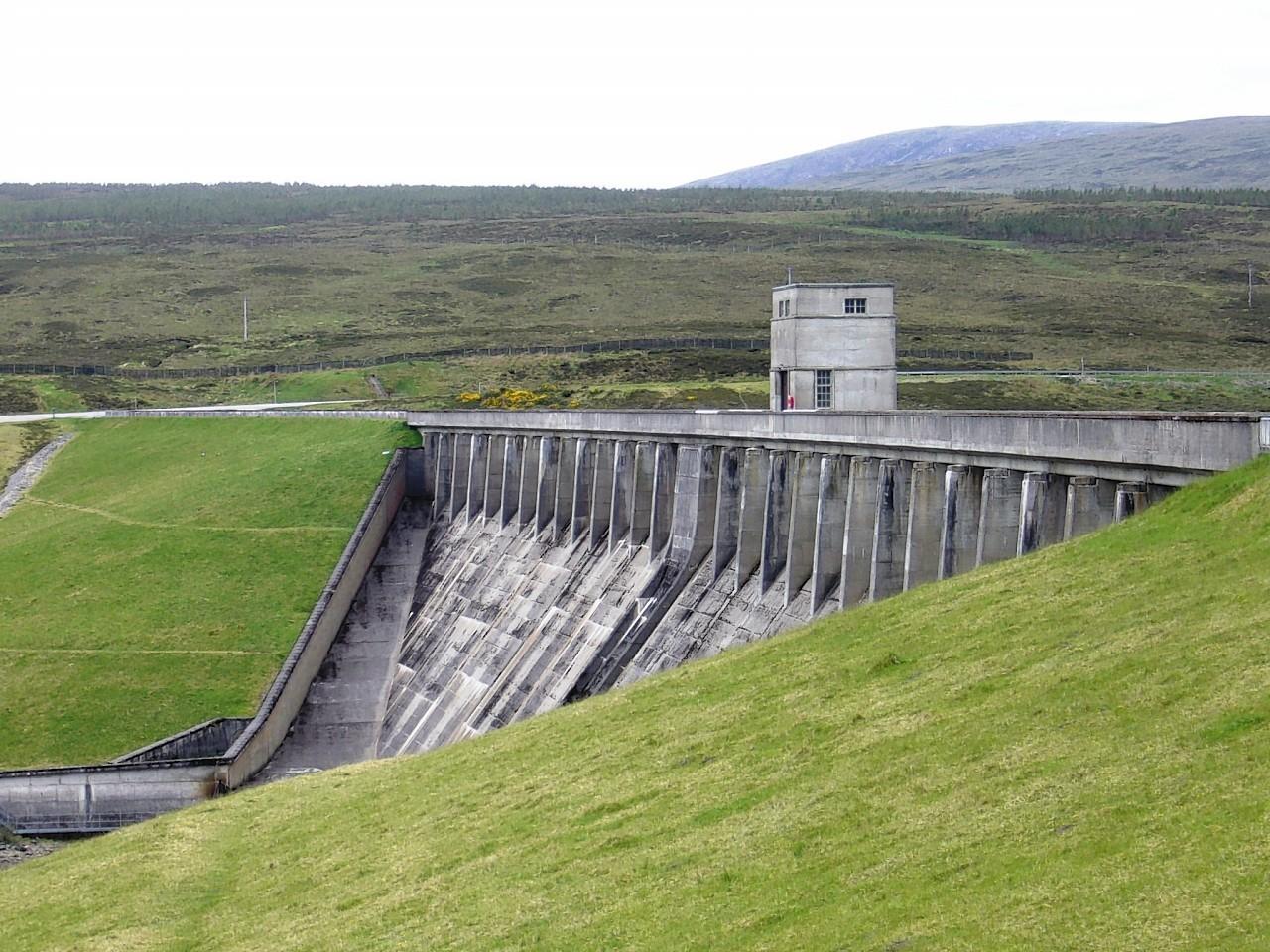 Glascarnoch Dam
