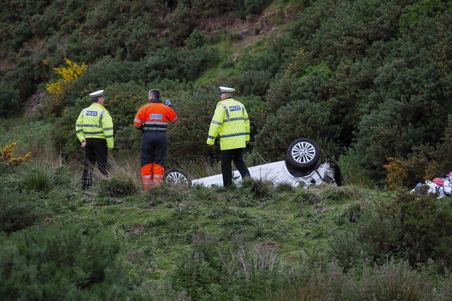 The car at the bottom of the embankment near Inverbervie
