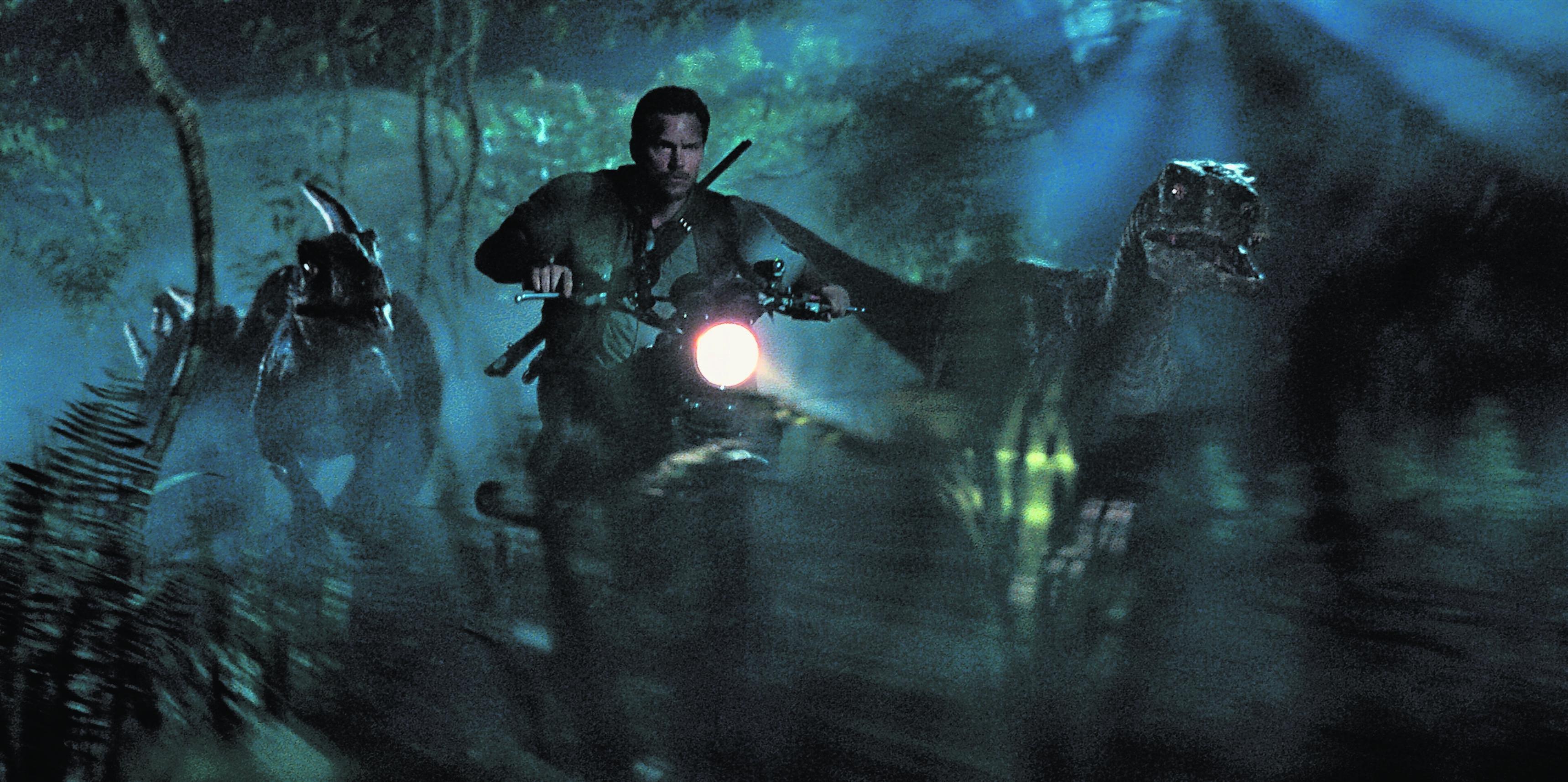 Chris Pratt takes centre stage in blockbuster Jurassic World
