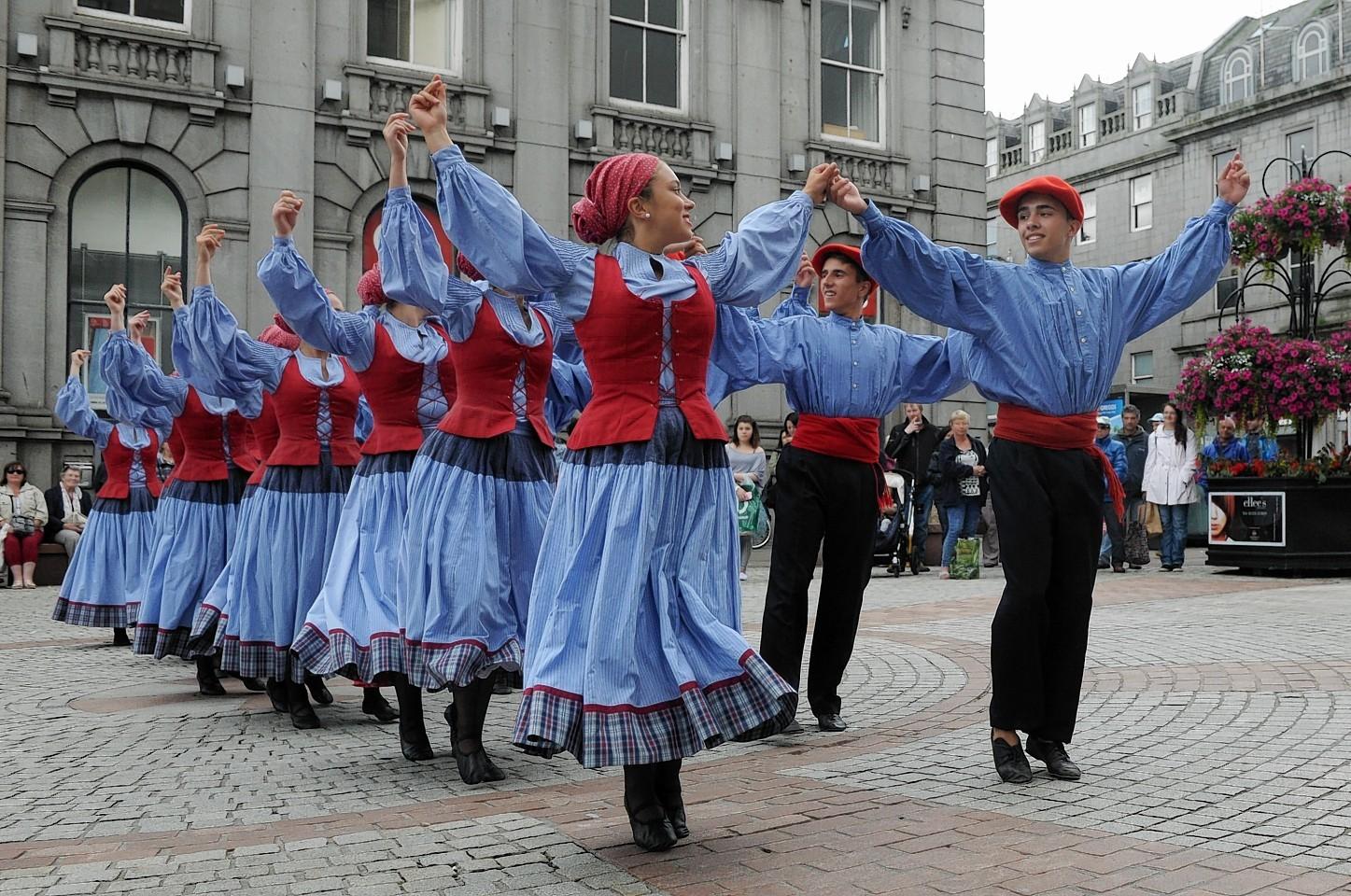 Aberdeen International Youth Festival. 'Kresala Basque Dance' perform.