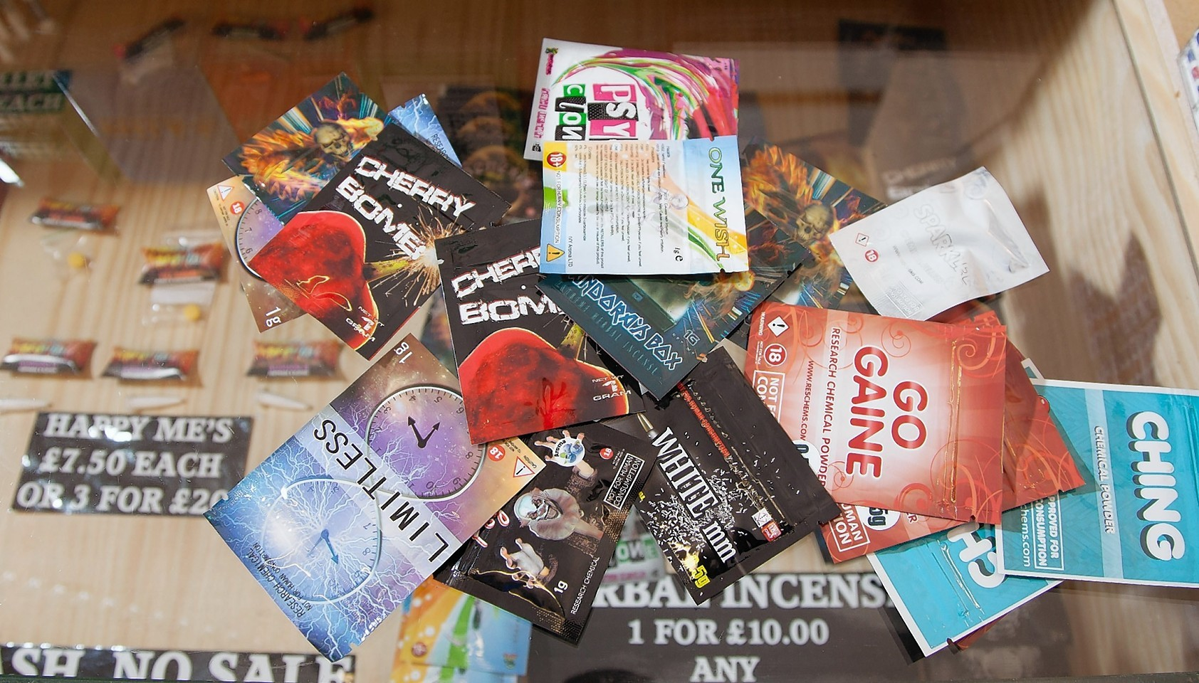 Packages of legal highs
