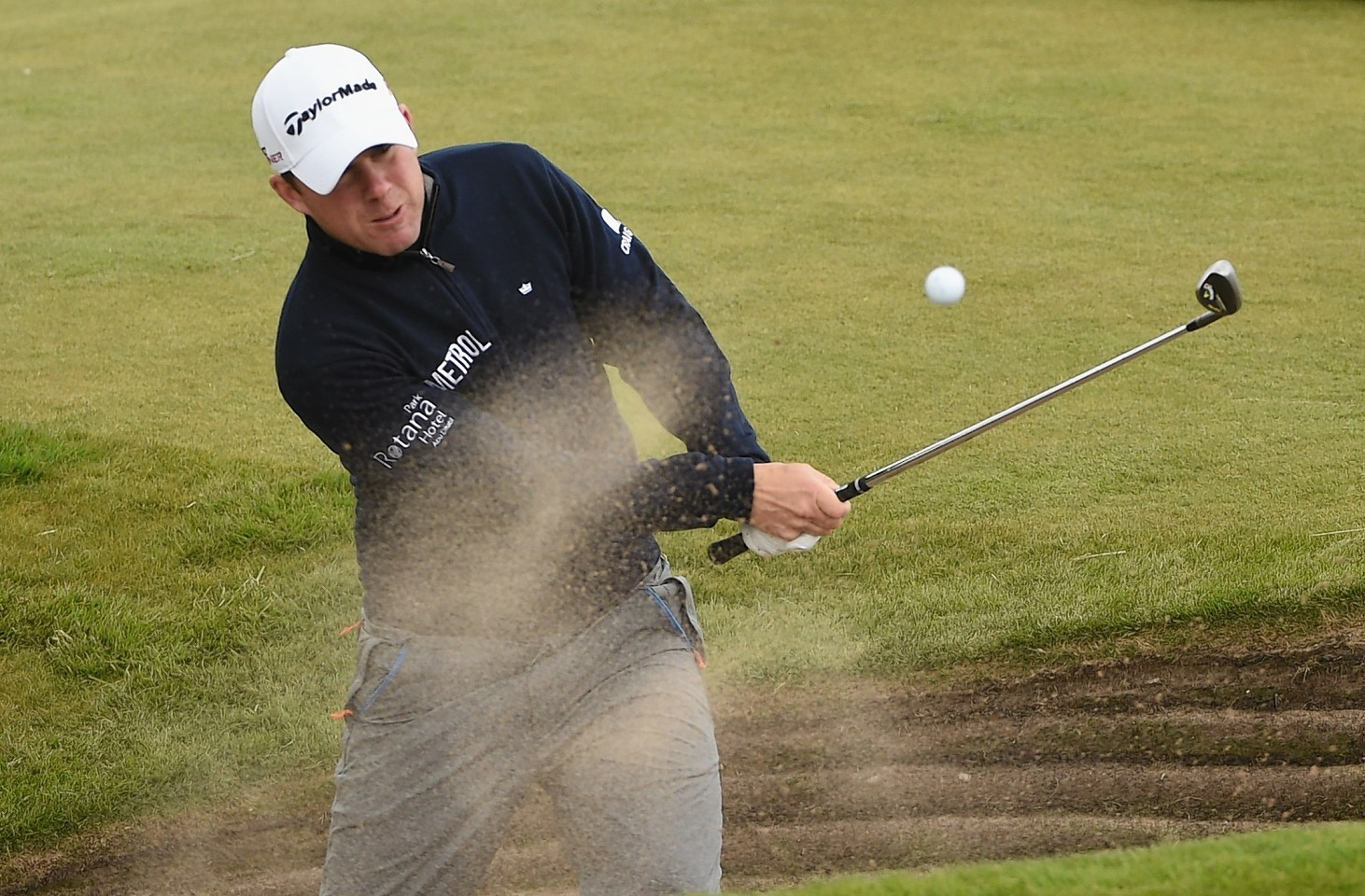 Richie Ramsay gets himself out of trouble on Murcar Links Golf Course