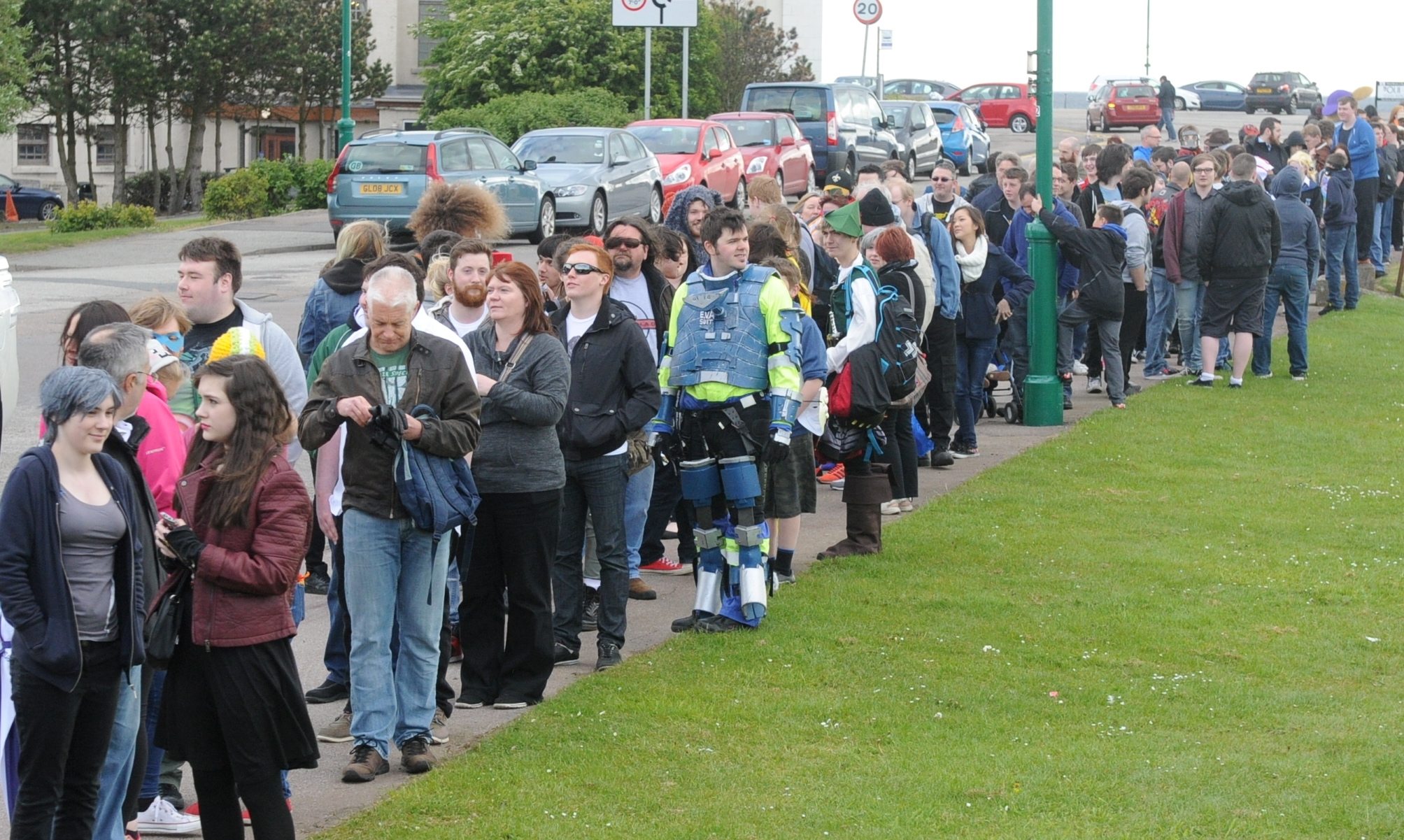 Picture from the Granite City Comic Con, held at Transition Extreme. Pictured is part of the queue to get in.