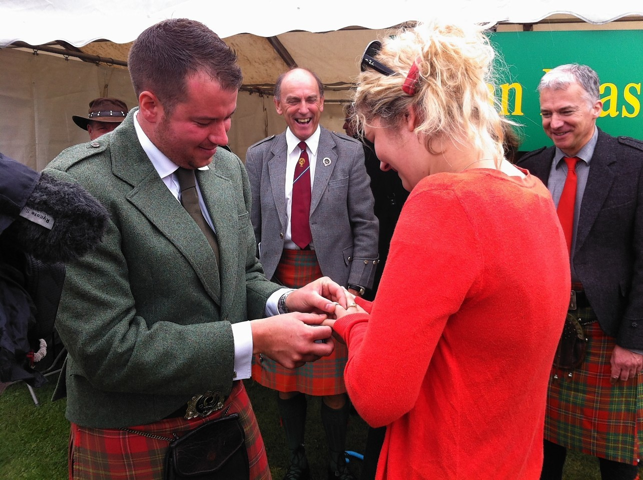 Clansman Sandy Leask proposing to Fiona Miller last year