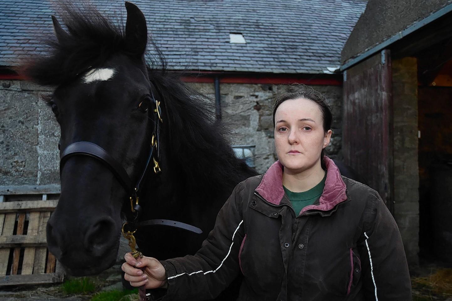 Zoe owns six horses