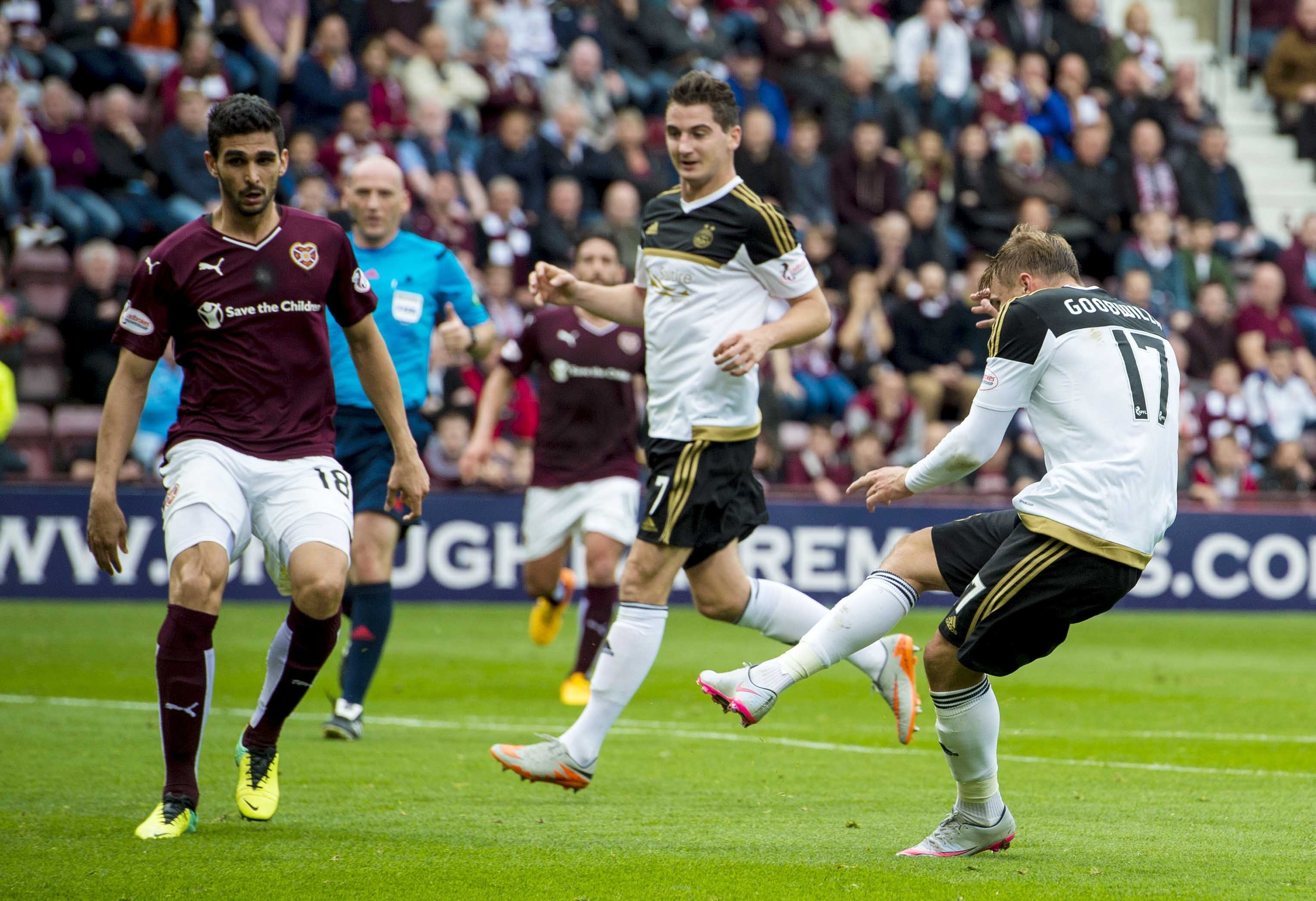Goodwillie strikes from inside the box to put his side 3-0 to the good at half time