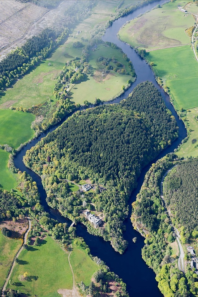 Eilean Aigas Estate near Beauly has sold on the eve of an auction in which it was offered for a knockdown price of £3million.
