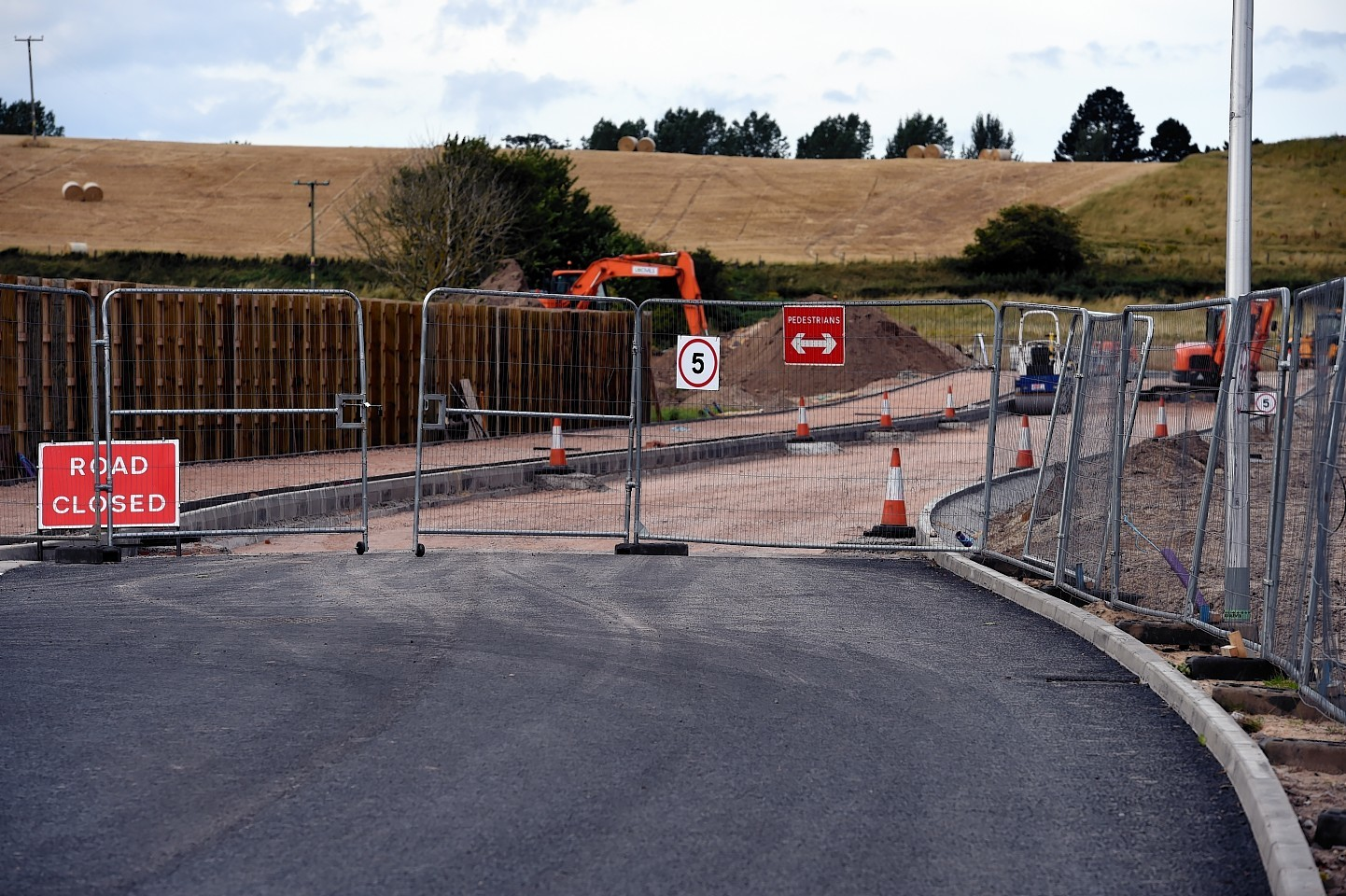 The access road being built behind the old Elgin High School for the new school. Picture by Gordon Lennox