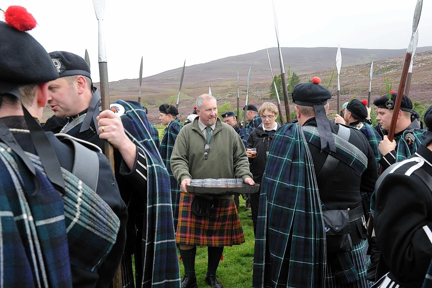 Lonach-Highlanders12