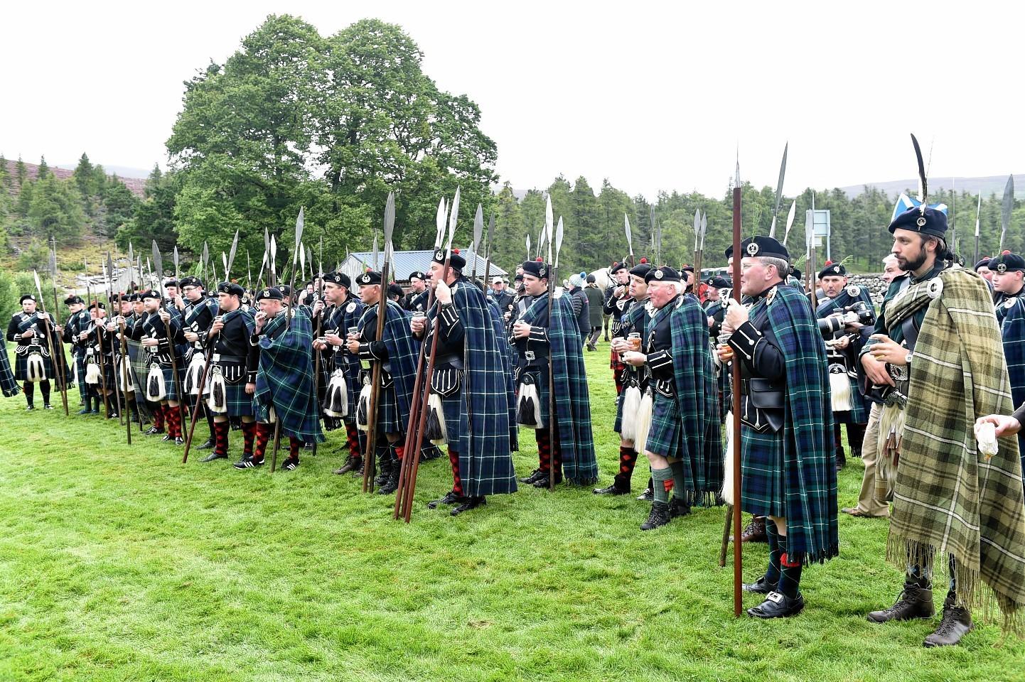 Lonach-Highlanders8