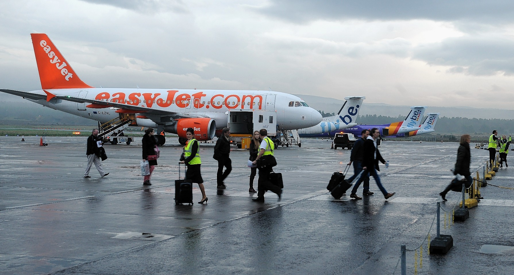 Easyjet has announced its UK flight schedule will resume on June 15.