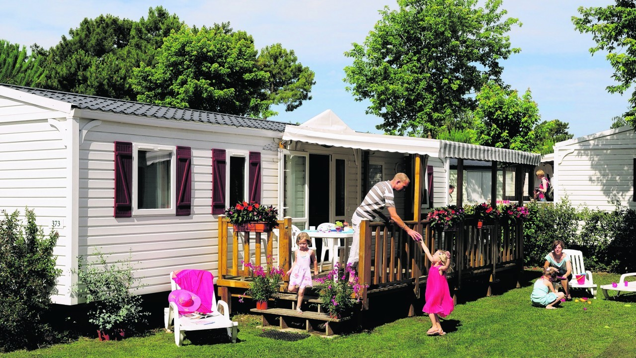 Mobile homes at the Siblu holiday parc Le Bois Dormant