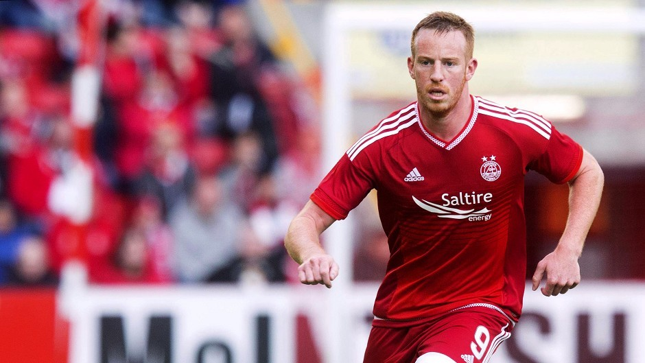 Aberdeen's Adam Rooney was on target in the 1-1 draw with Motherwell