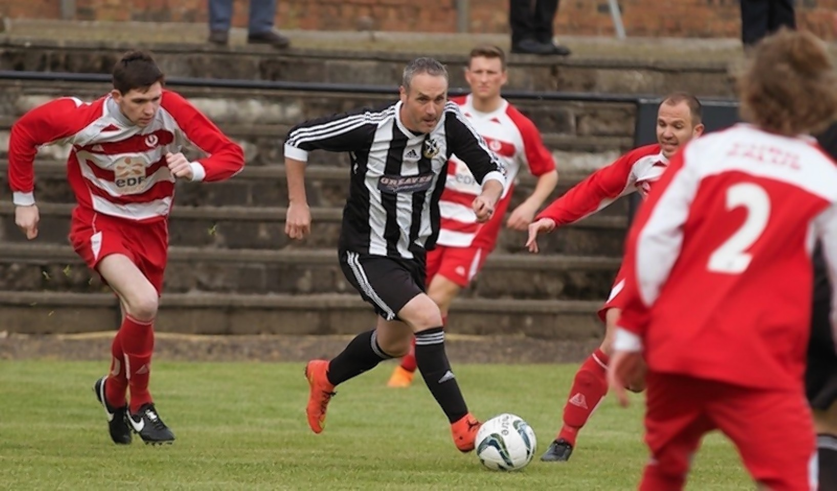 Robbie Winters in action for his new club Pollok Juniors