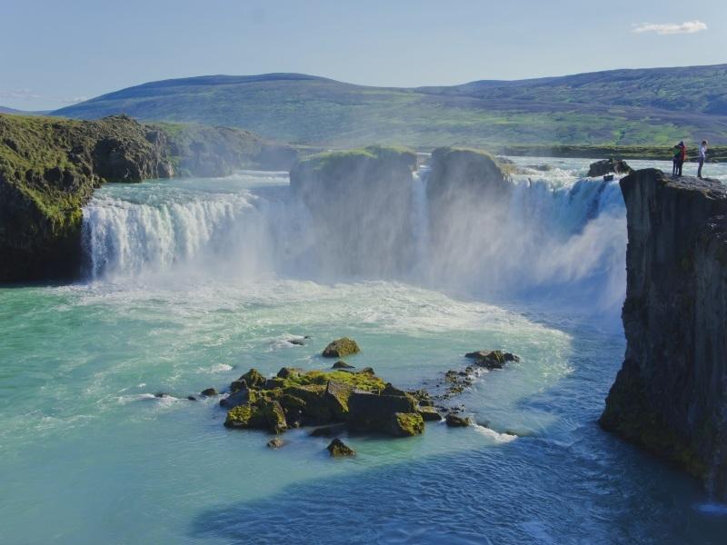 SB-Iceland-Gulfoss-Waterfall.jp