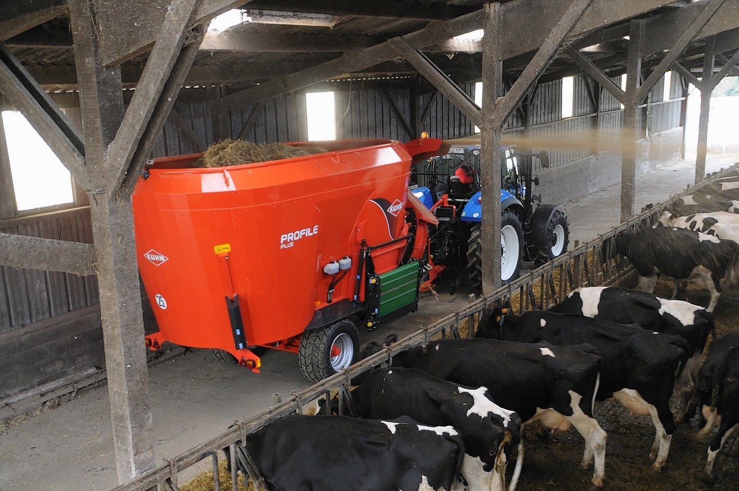 The new mixer wagon