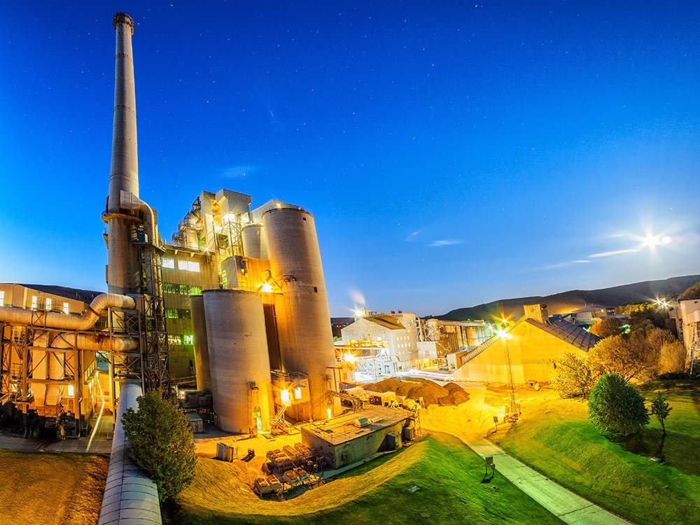 Hope Construction Material's flagship cement plant in Derbyshire.