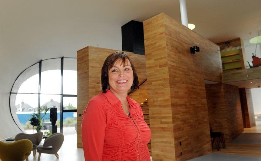 Patricia Straughen