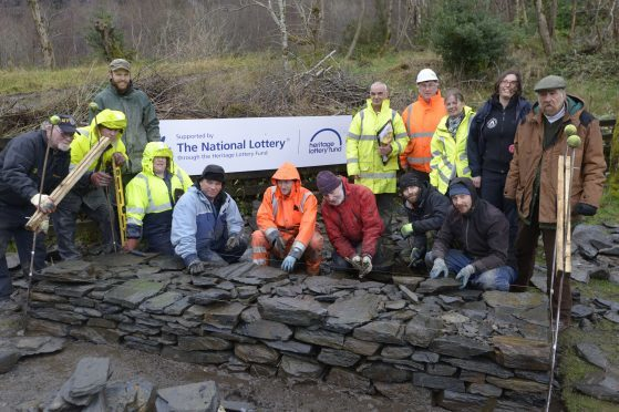 Opportunity to learn slate building techniques at free workshop in Ballachulish