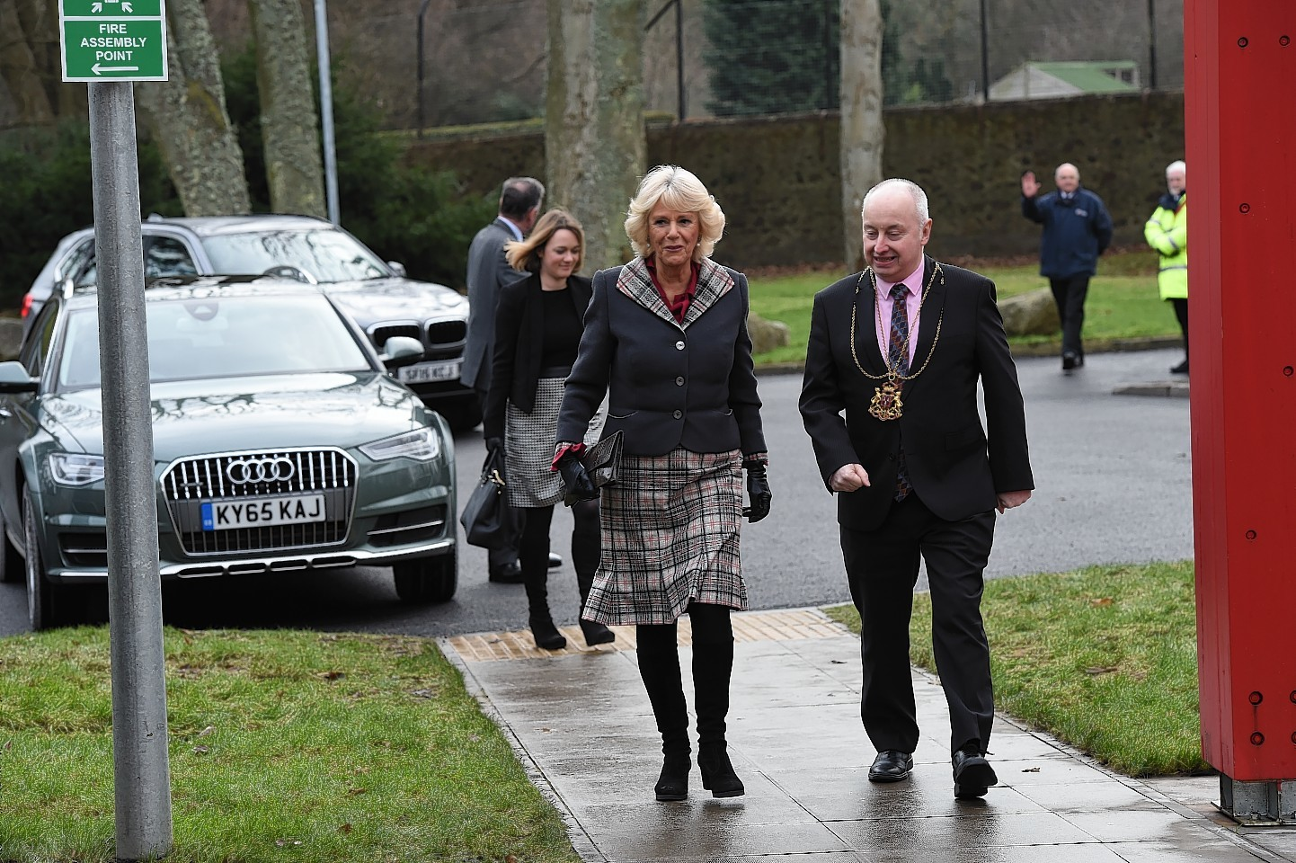 The Duchess of Rothesay arrives with the Lord Provost George Adam at Aberdeen University.