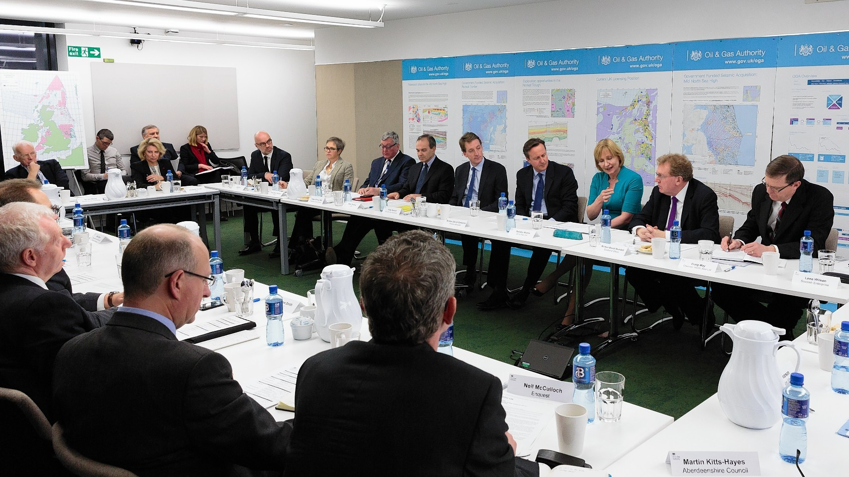 Prime Minister David Cameron listens to industry leaders at the Oil and Gas Authority in Aberdeen