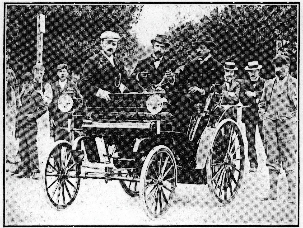 GTM is searching for Dr Howie's Daimler photograph