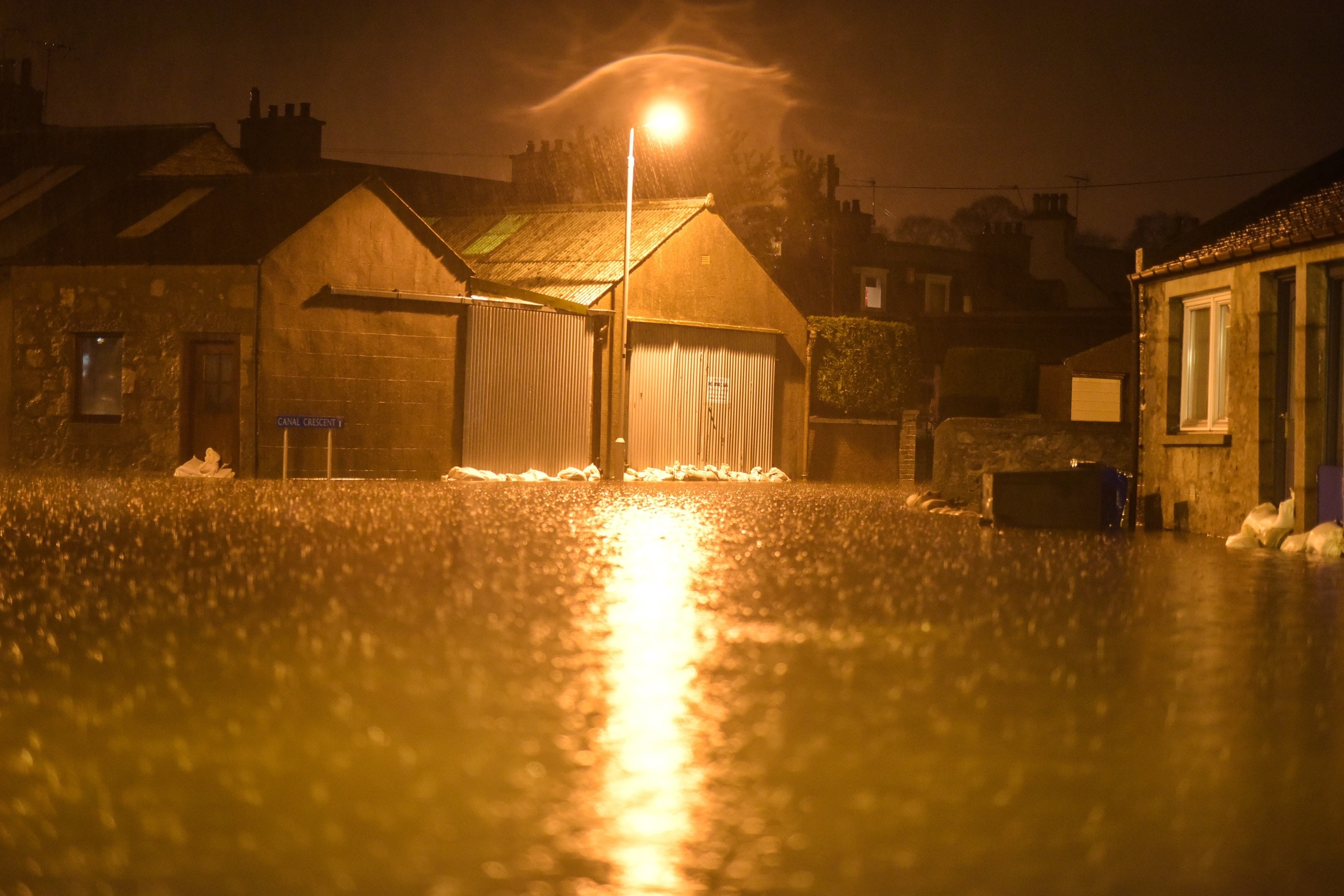 Houses in the Port Elphinstone area of Inverurie, Aberdeenshire begin to experience flooding after the River Don burst its banks on January 07 2016. Scottish Envornmental Protection Agency (SEPA) have issued two severe flood warnings for both Inverurie and Kintore, both in Aberdeenshire.