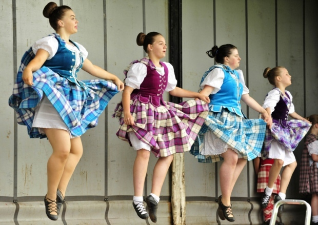The Lindsay School of Dancing entertaining the crowds at the 2014 Laurencekirk Gala