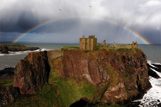 Dunnottar Castle, near Stonehaven.  Picture by KENNY ELRICK      .