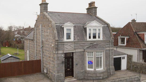 It's not often a house in Aberdeen's prestigious west end pops up on the leasing market.