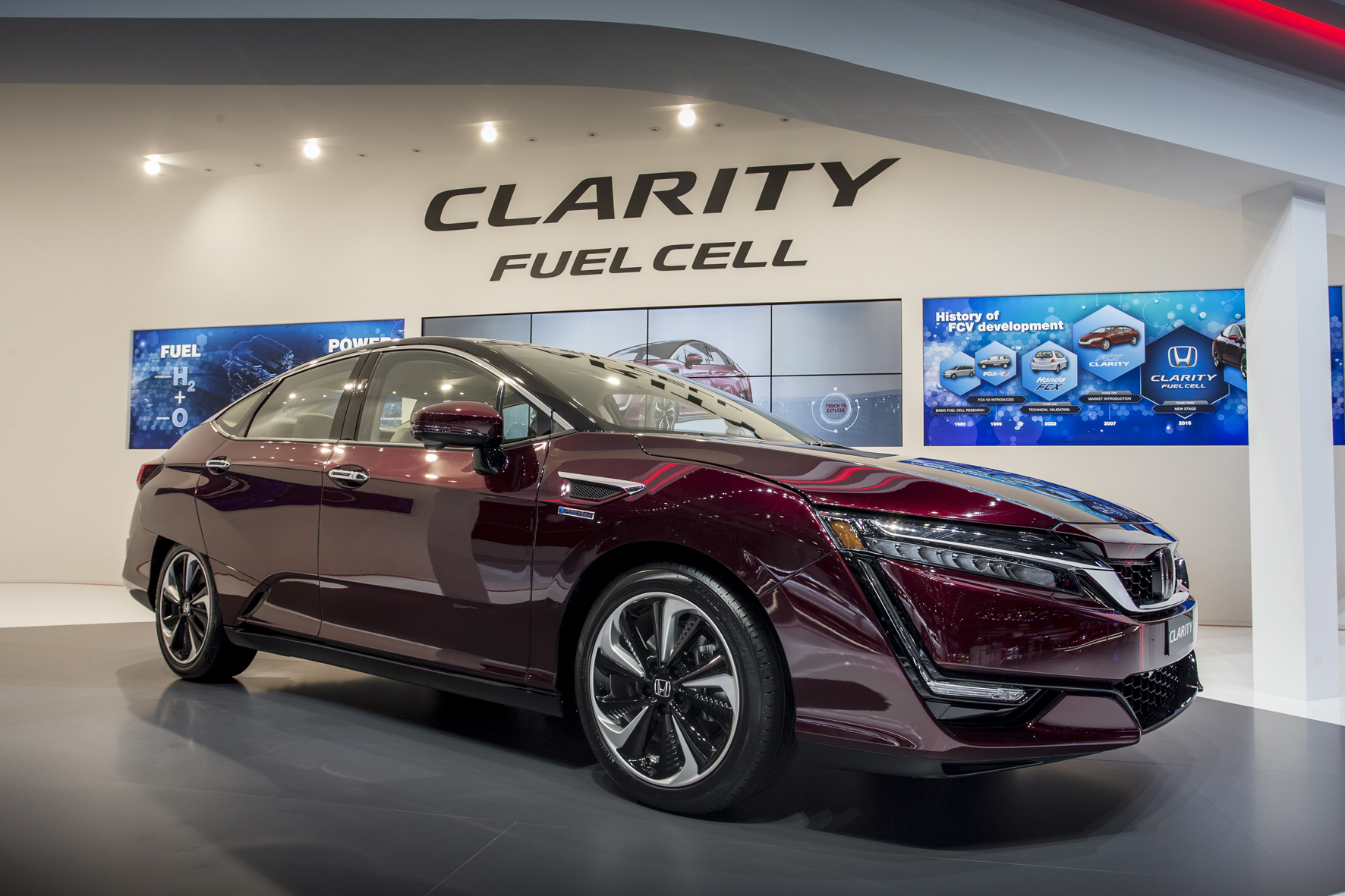 2016 Honda Clarity at the Geneva Motor Show