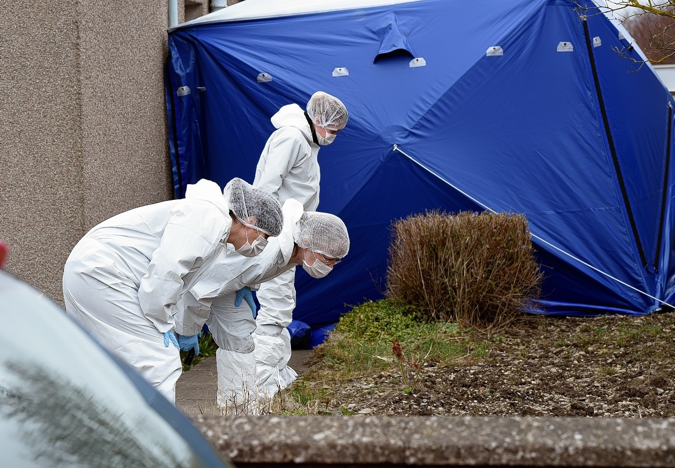 Police forensic team at the home of Brian McKandle who was found dead last Saturday. Picture by Kevin Emslie