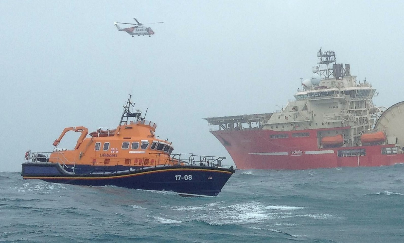 RNLI lifeboat from Barra tries to rescue the man on a 40ft boat that hit rocks near Skerryvore lighthouse.