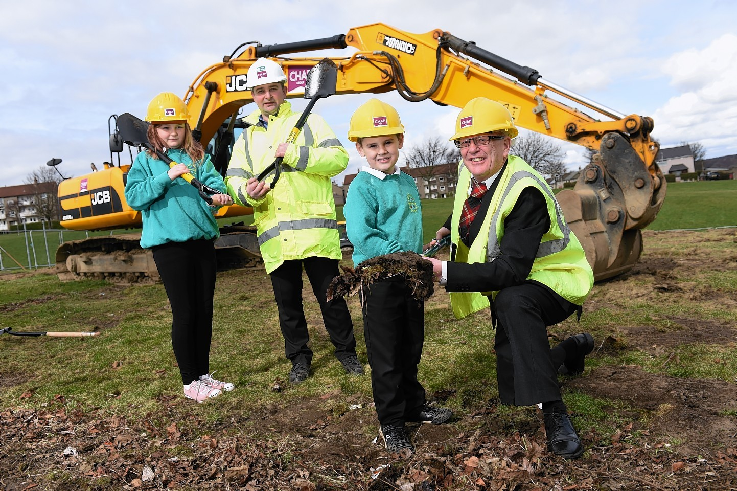 Work officially starting on £2.66million Lord Provost Henry E Rae Community Centre complete refurbishment   Picture by KENNY ELRICK     28/03/2016