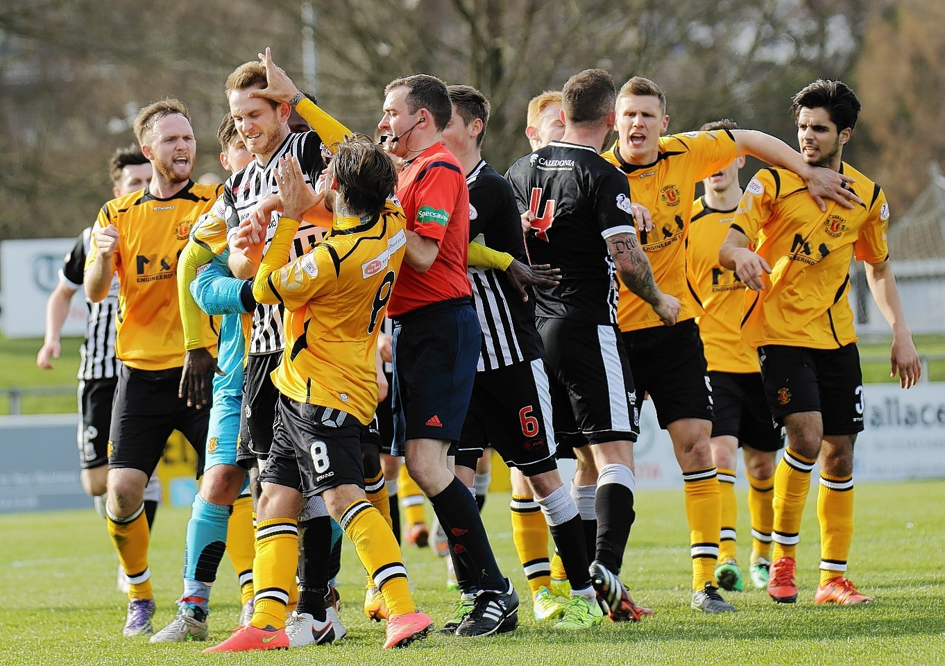 Ugly scenes at the end of the Annan v Elgin clash