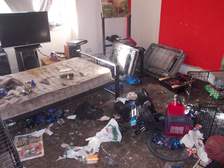 The squalor of Ivor Duncan's flat.