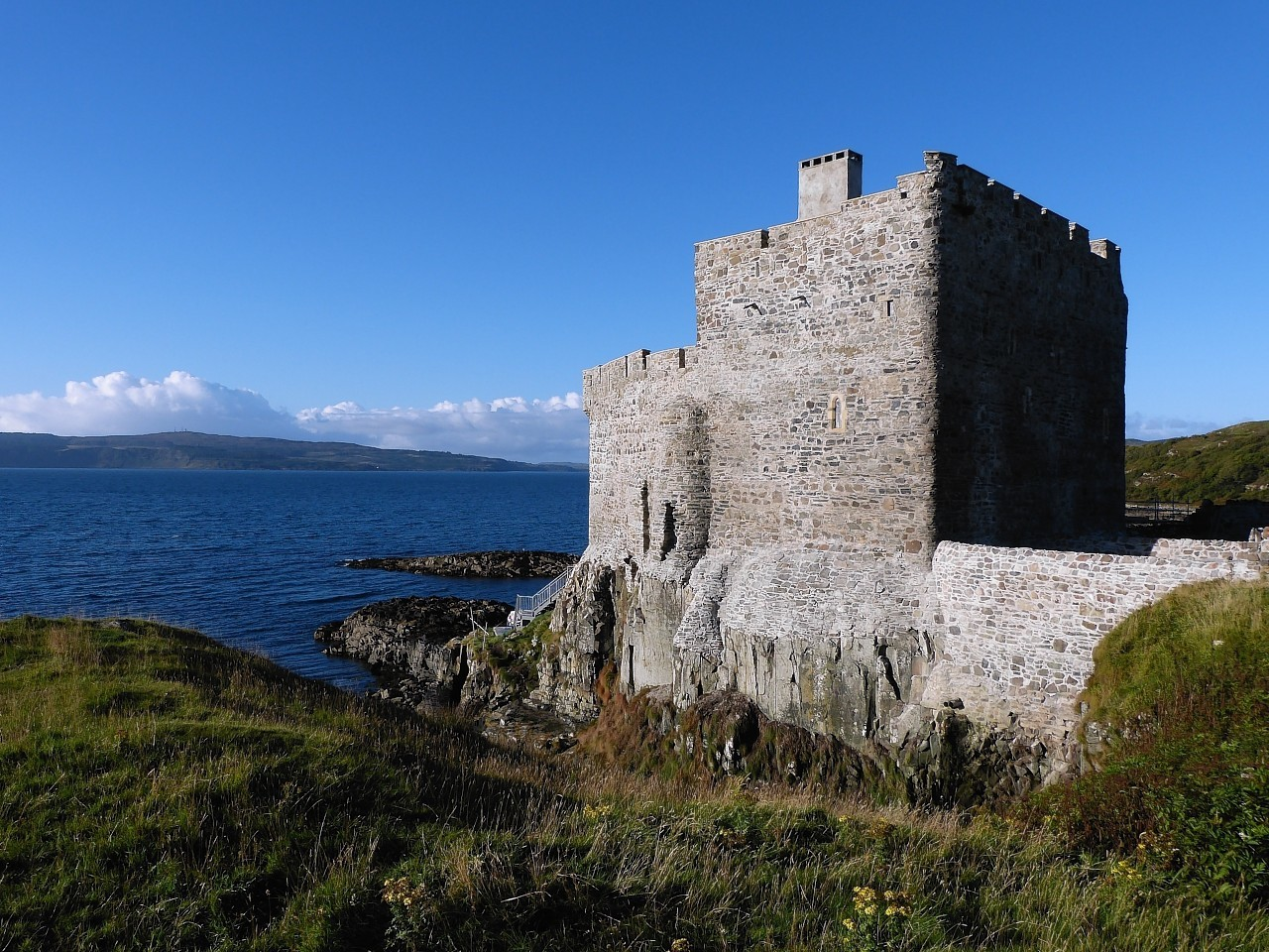 Mingary-Castle-8