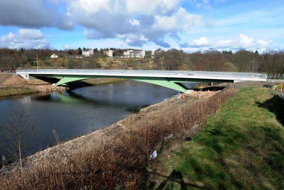 The diamond bridge
