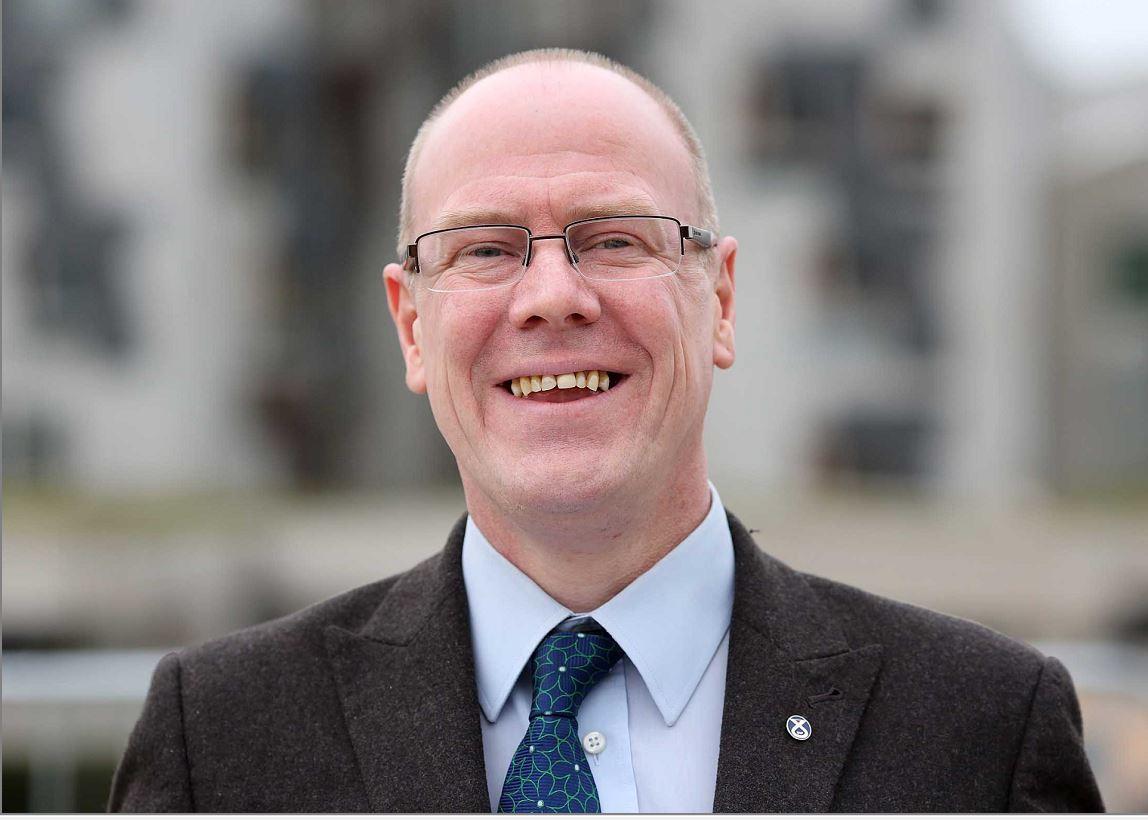 Residents have urged Kevin Stewart MSP to intervene.