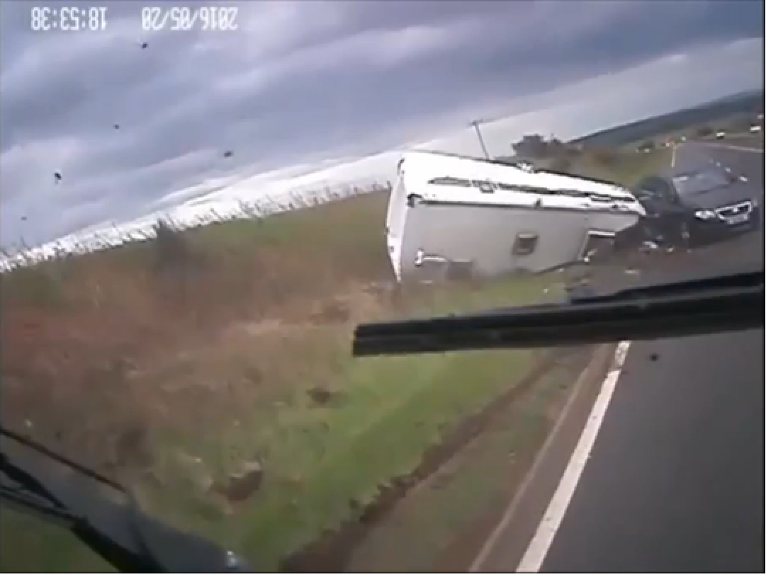 The caravan crashed on the A90