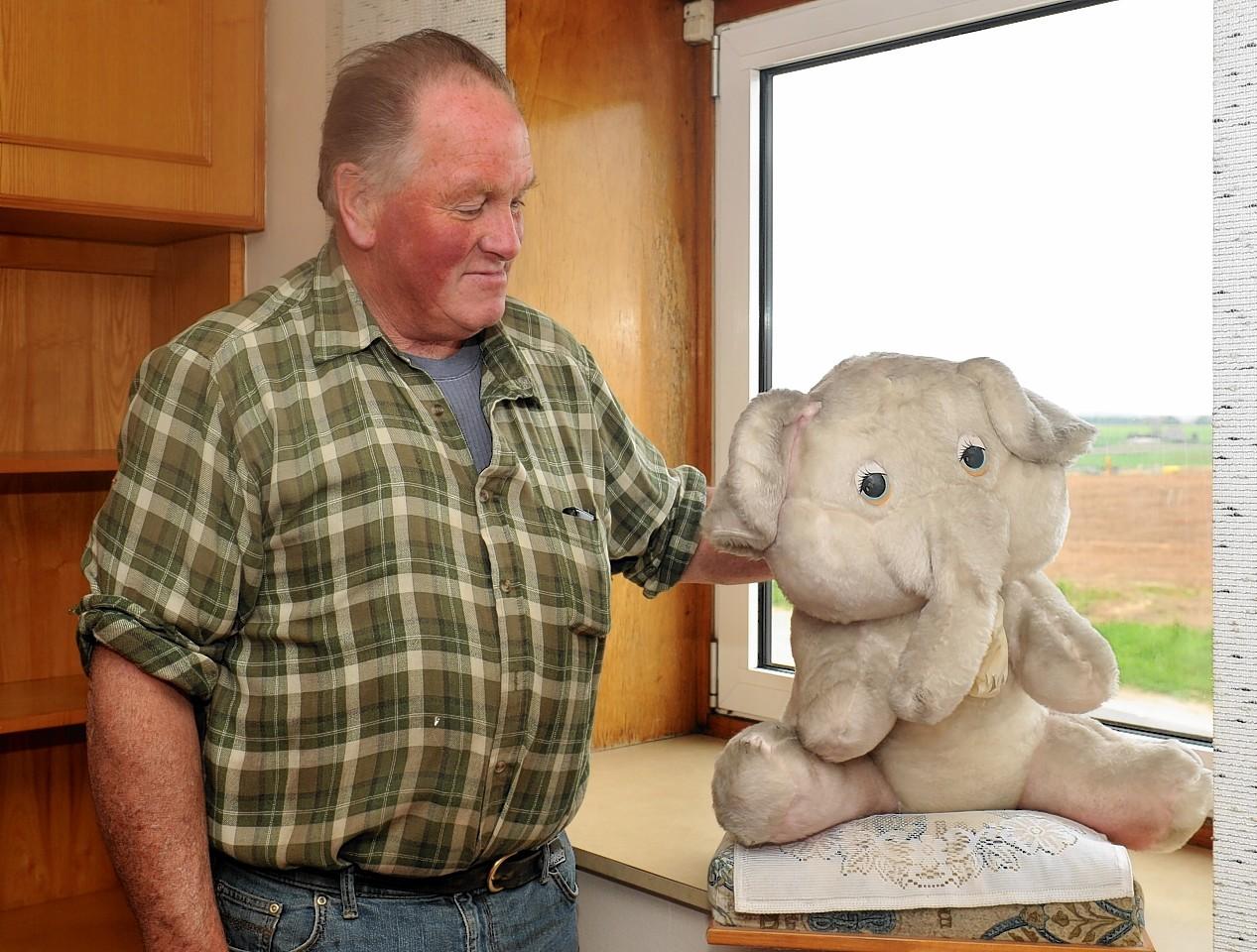 Elmer the Elephant and Eddie Black