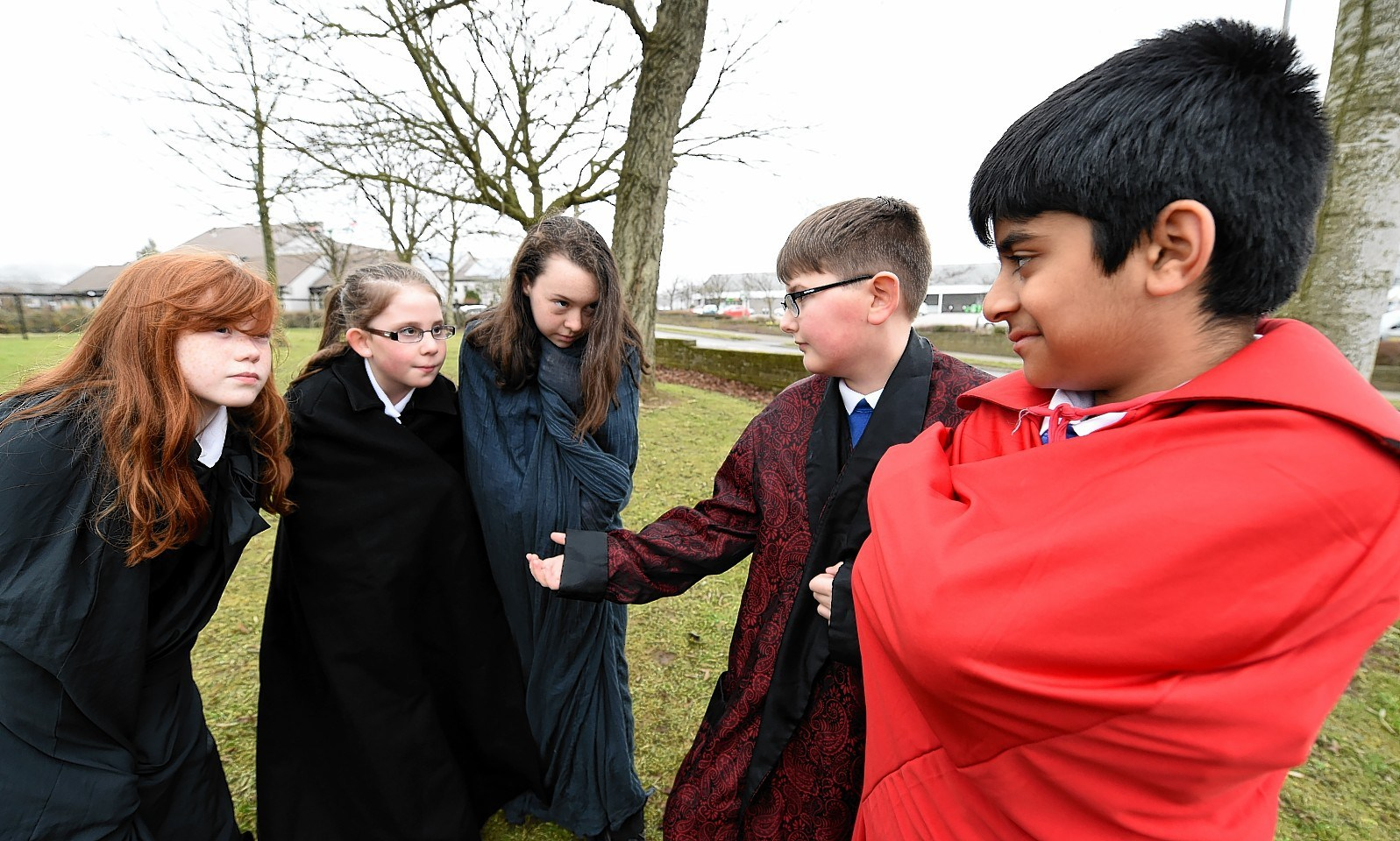 Pupils played out the first act of Macbeth. Pupils Talie Gordon, Kayla Sinclair, Zoe Williamson (Witches) Nathan Landbor (Macbeth) and Adam Shafi (Banquo)