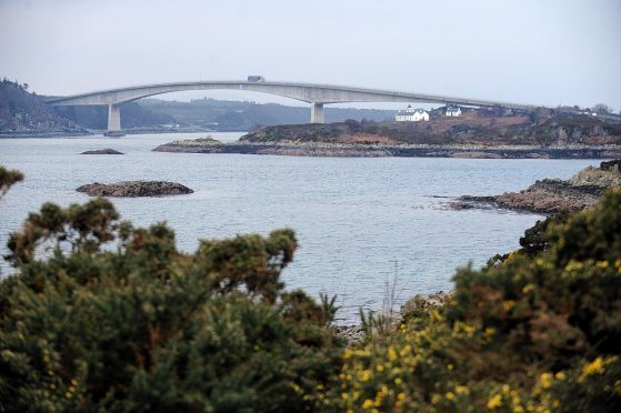 Kyleakin lies close to the Skye Bridge and used to be the ferry port