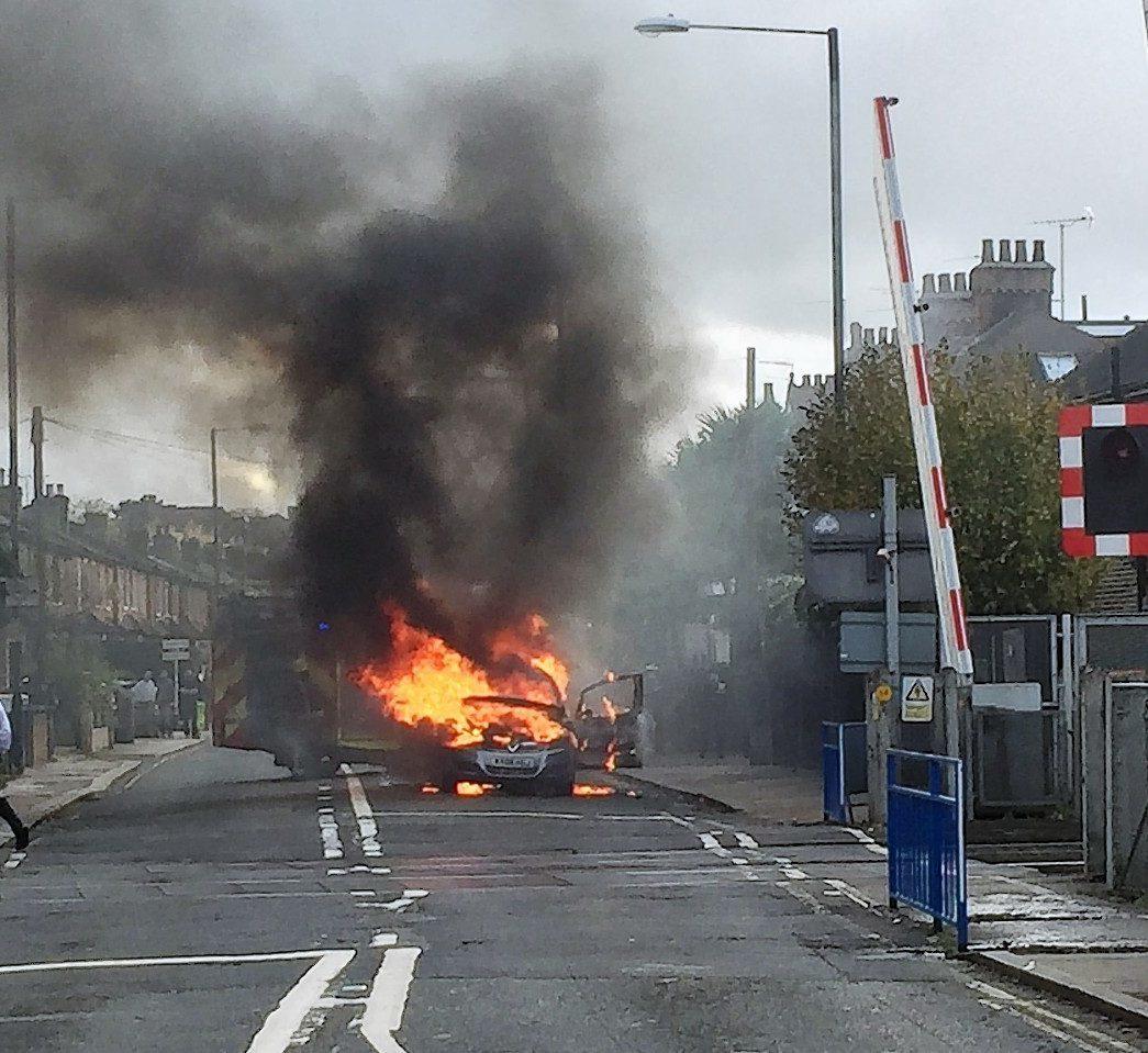 Vauxhall Zafira on fire in London.