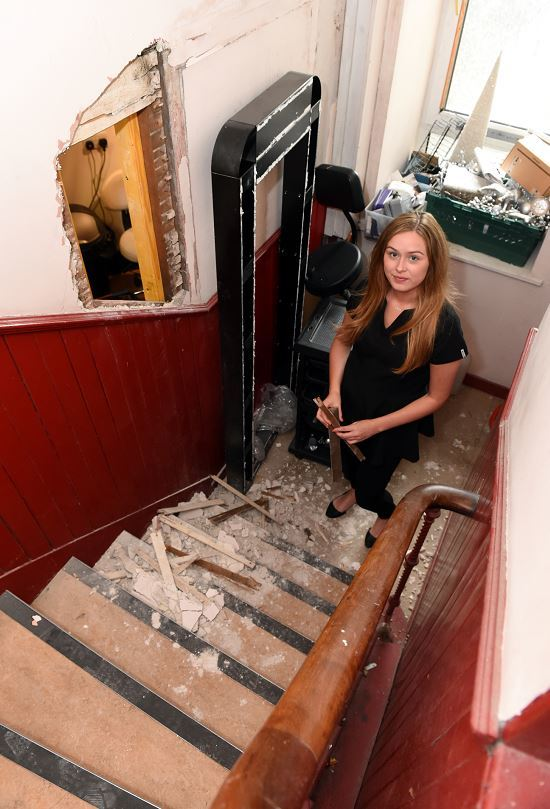 Beautylicious Hair and Beauty Salon on Rosemount was broken into at the weekend. Pictured: Owner Rachel Henderson. Credit: Kevin Emslie.