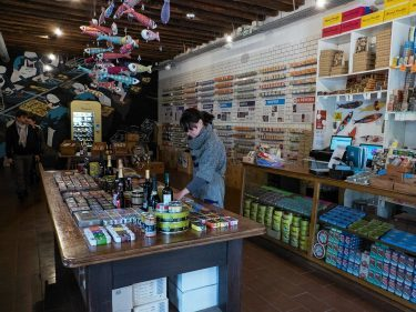 Lojas Das Conservas store selling canned fish in Lisbon