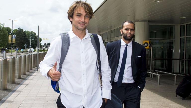 Niko Kranjcar outside Glasgow Airport yesterday