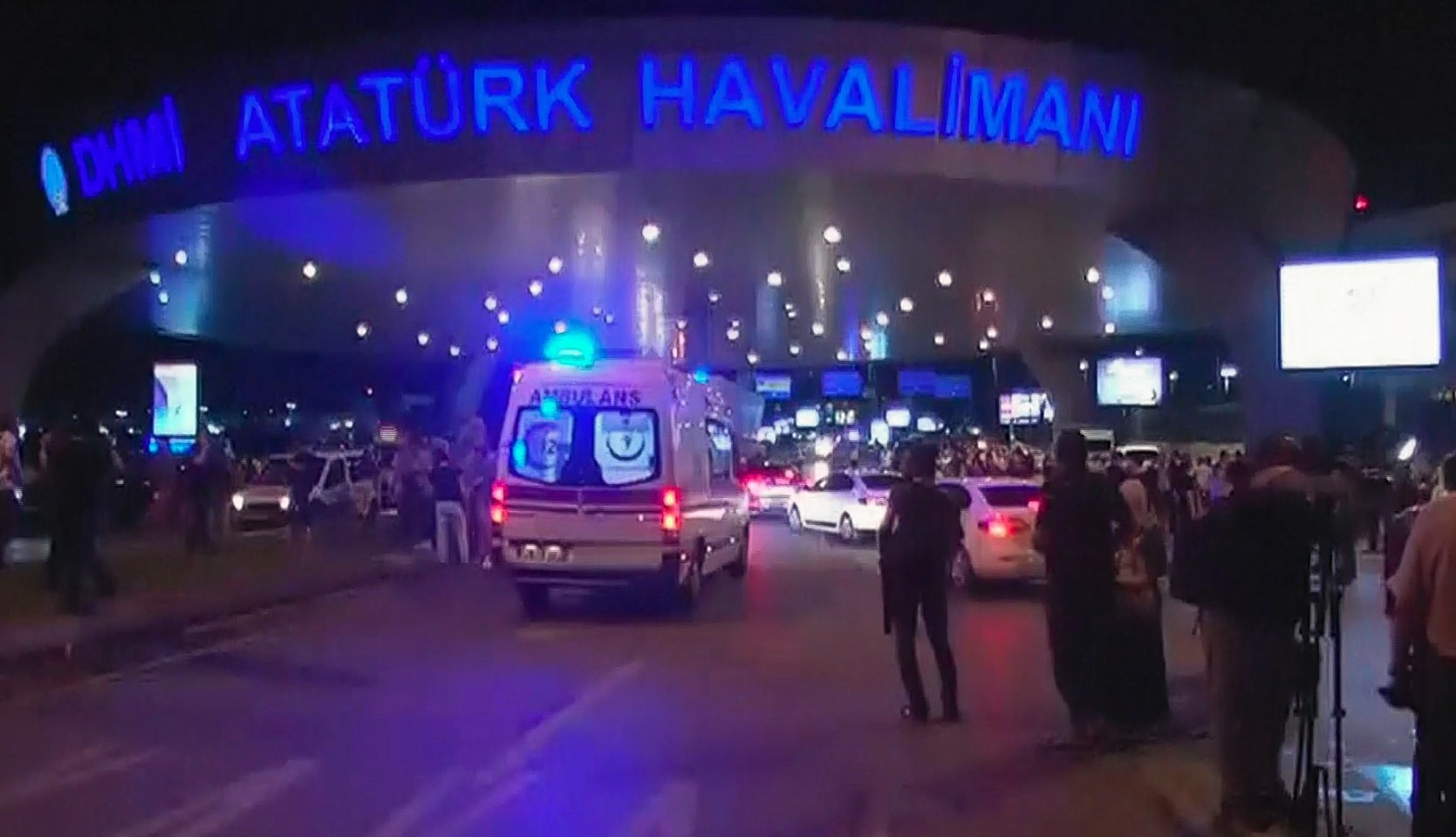 Turkey Istanbul: Explosions and gunfire rock Ataturk airport